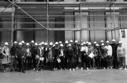 Gemeinsame Baustellenexkursion. In 3-D geplant und nun gebaut.
